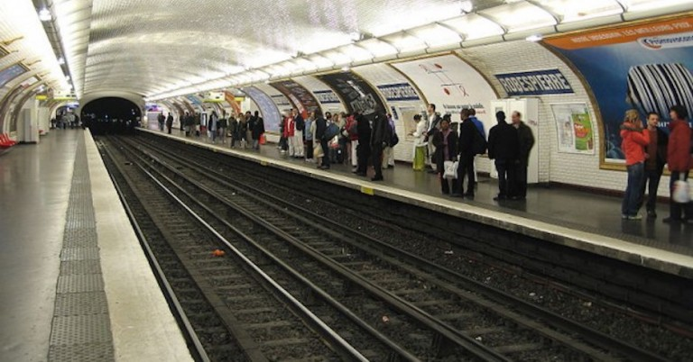 Young Parisian Jew beaten up by gang at Métro station for being Jewish