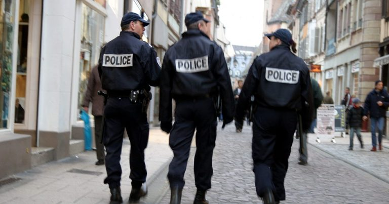 Antisemitic police officer assigned to protect French Jewish communal leader