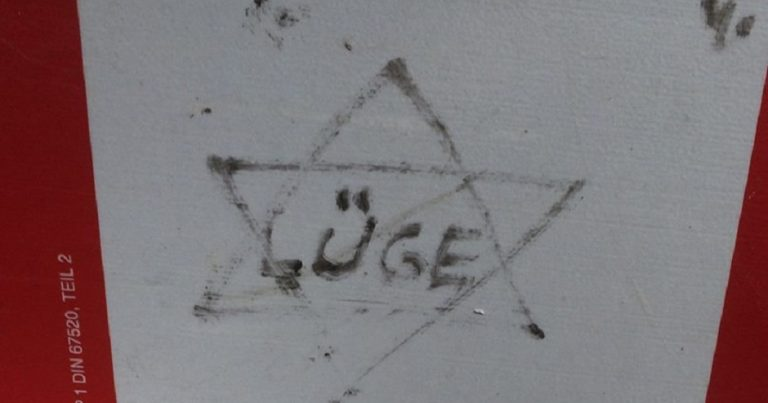 More Antisemitic graffiti littered around Germany