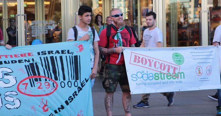 Neo-Nazi joins BDS protest in Berlin