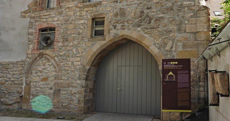 "Synagogue daubed, ""Heil Hitler"" yelled"