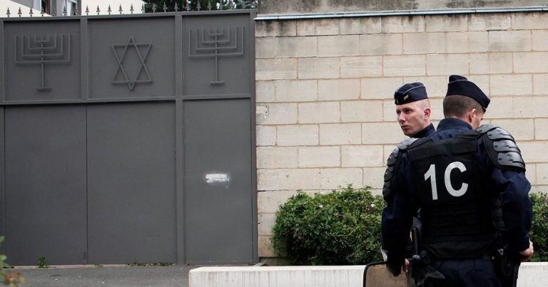 "France: Jewish man beaten by attackers shouting ""dirty Jew"""