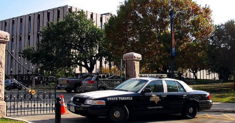 BREAKING: more bomb threats at Jewish Community Centers in at least 3 US States