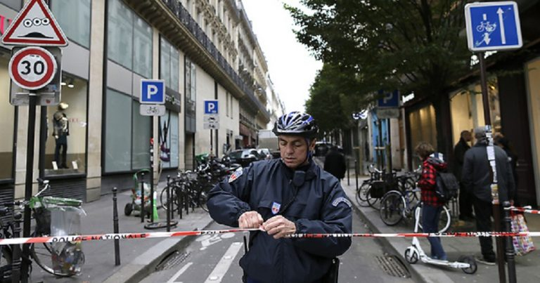 Synagogue goers in Paris reportedly attacked by mob of Muslim youths