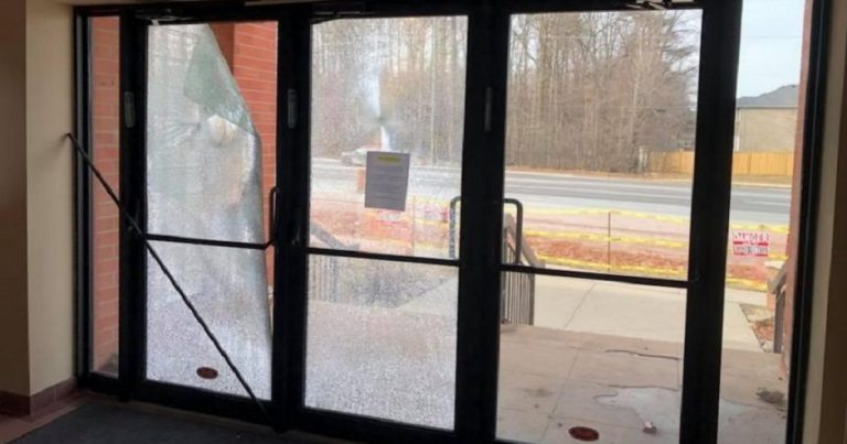 Police investigate after vandal attacks Canadian Synagogue